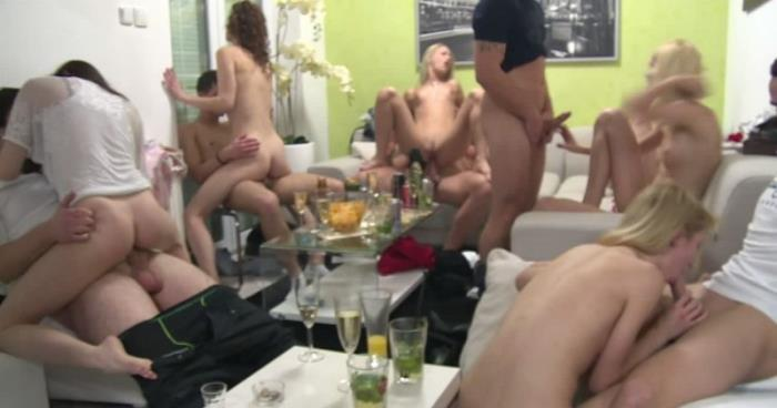 Amateurs ~ Czech Mega Swingers 19 - Part 4 ~ CzechAV ~ HD 720p