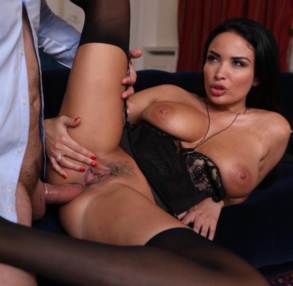 Anissa Kate - Perfect threesome [DorcelClub.com / FullHD 1080p]