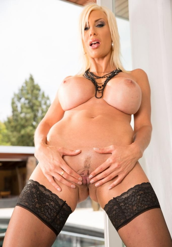 Puma Swede - Big Tit MILF Oilled Up For ANAL Invasian (Asia) - JulesJordan [FullHD 1080p]