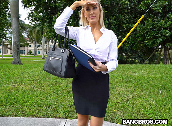 BangBus/BangBros - Maxim Law - Naughty Big Tit Teacher Got Picked Up (1080p/FullHD)