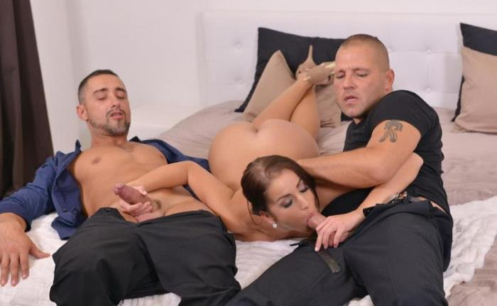 Loren Minardi - Daddy's Birthday Present: Hot Babe's Fuckholes Stuffed By Two Studs [SD 360p] - HandsOnHardcore