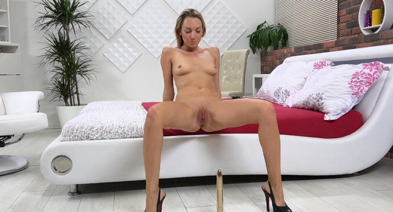 WetAndPuffy: Happy Day - Olivia Devine [2018] (FullHD 1080p)