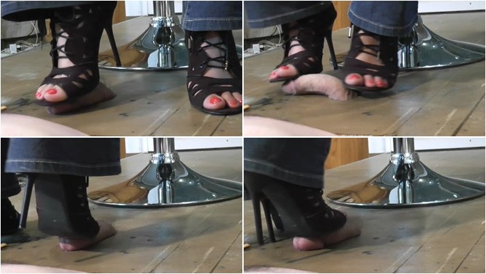 Femdom_BDSM_-_Sexy_Thin_Sandals_Uncut.mp4.001.jpg
