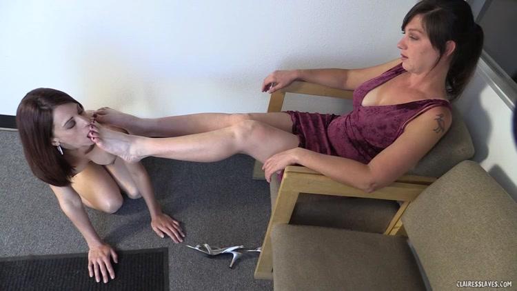 Yougalery fumiko lesbian foot slave