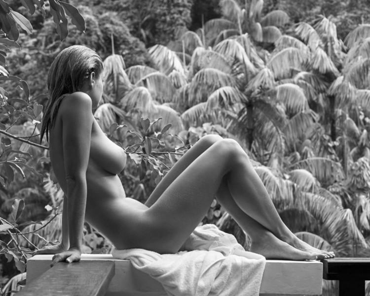 Amy Morton Nude Pics