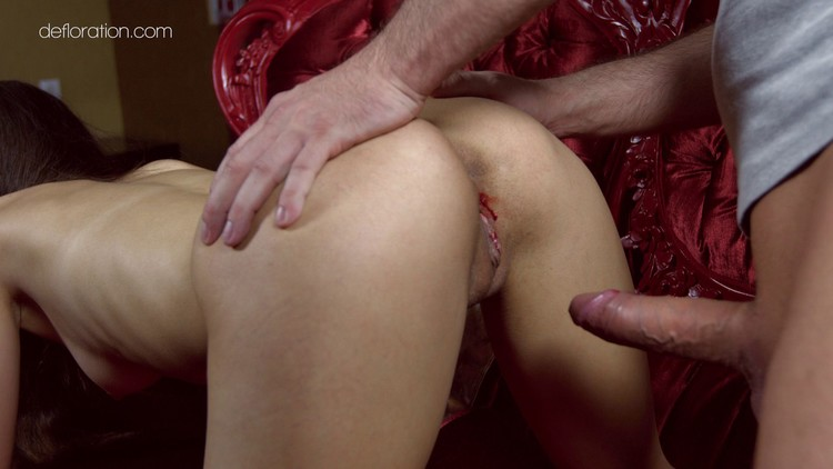 gif-little-porn-defloration-male-pin-up-xxx-gif