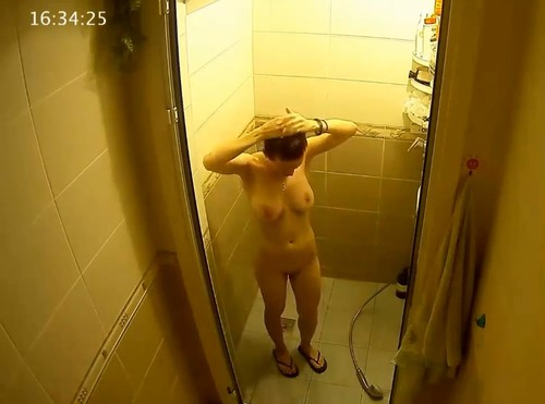 Naked girls caught on hidden cameras #9