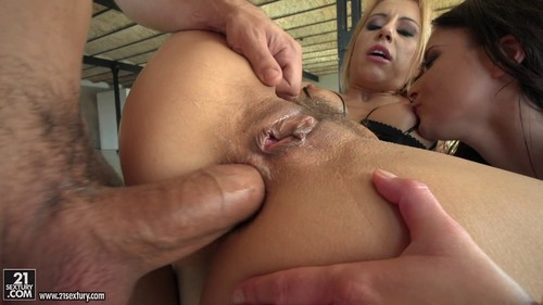 Two Assholes One Cock – Nikky Thorne, Anita Bellini