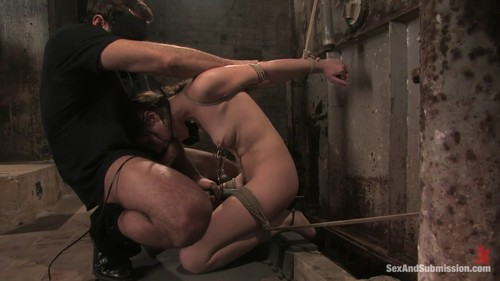 Sasha Grey (The Journalist – Sasha Grey's First Bondage Movie)