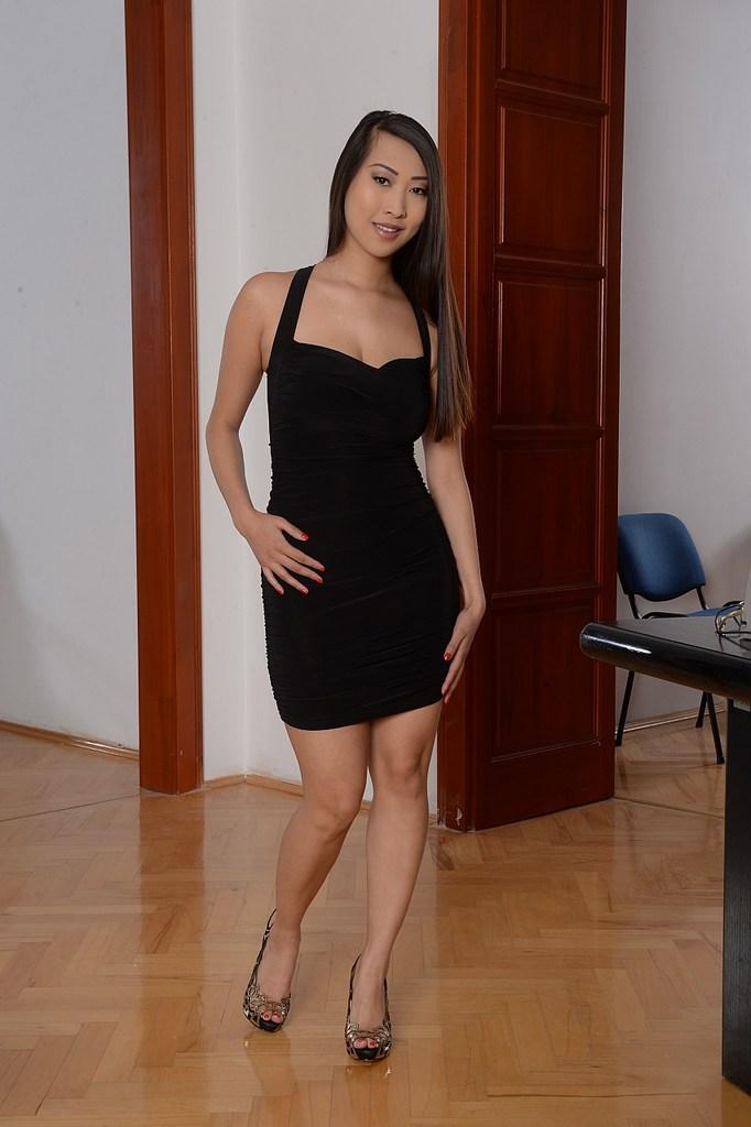 Sharon Lee fotos de una asiática sensual y caliente