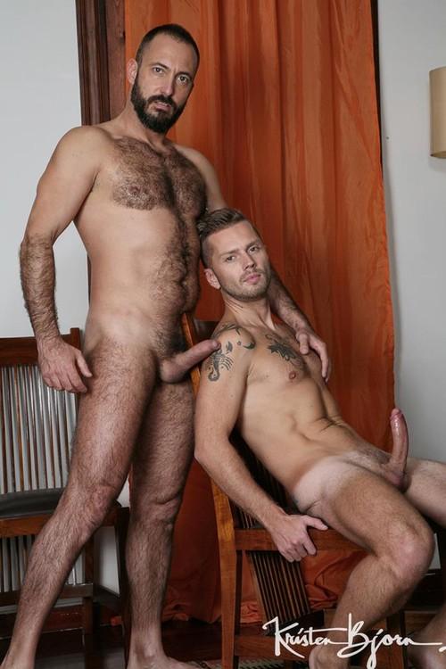 KB - Casting Couch #401 - Mars Gymburger, Xavi Garcia - Bareback