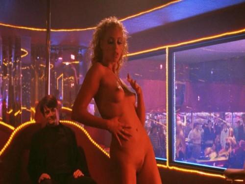 Elizabeth Berkley Nude In Any Given Sunday Bluray
