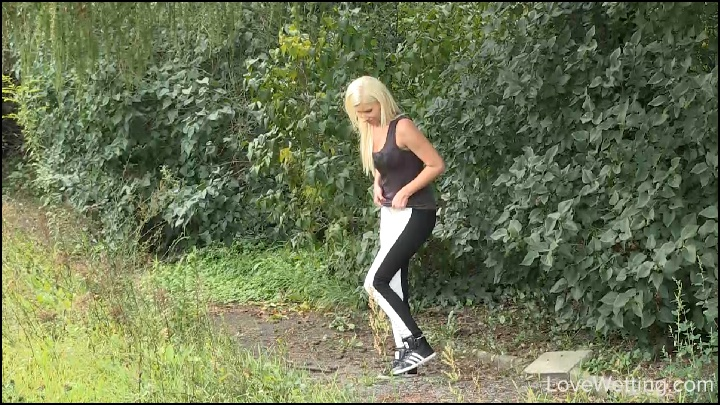 real-crazy-piss-girls-videos