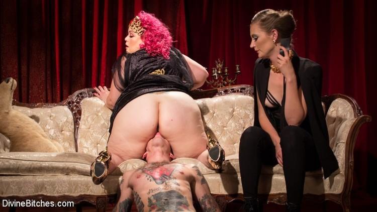 Фото толстая госпожа делает фейсситинг рабу — pic 11
