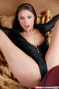 Jayna Oso           48 pics - 1266x1903 - 51,4
