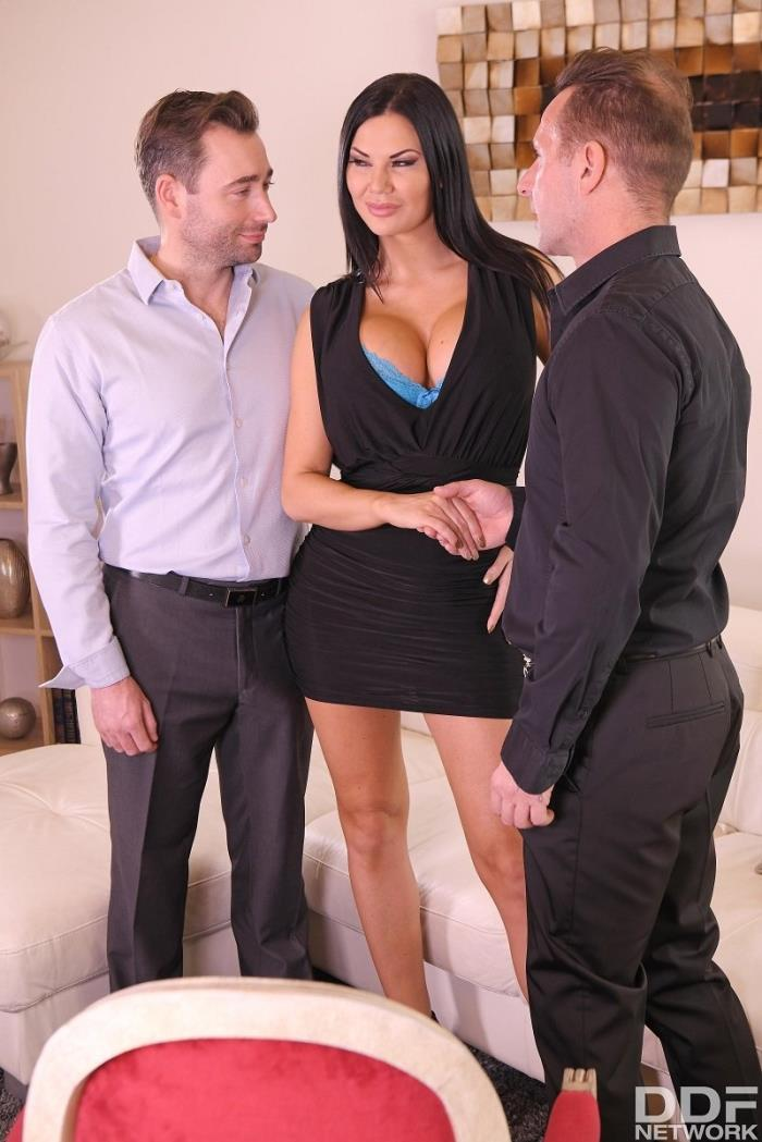 DDFNetwork - Jasmine Jae - Double Milf Domination (FullHD 1080p)