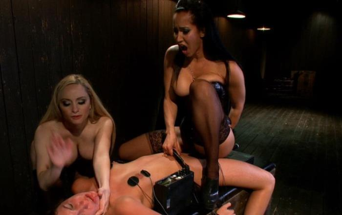 Isis Love, Bobbi Starr, Aiden Starr,Cassandra Nix - Make us Cum Slut!! [HD 720p] - Kink