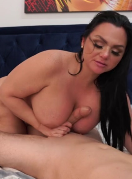 Betty Bang XXX in Anal Hotel