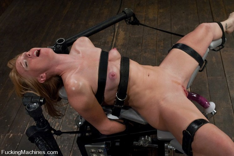 machine-dildo-bondage-wifes-fuck-for-cash
