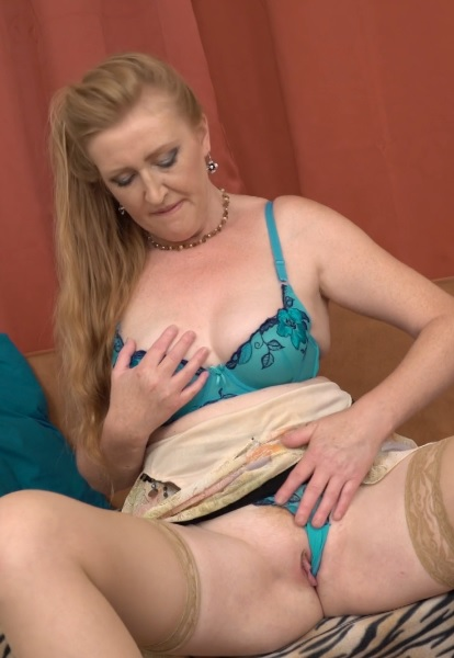 Horny housewife Angelica playing with herself