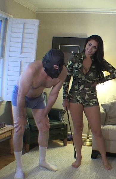 Jasmine the BallBusting Teacher!