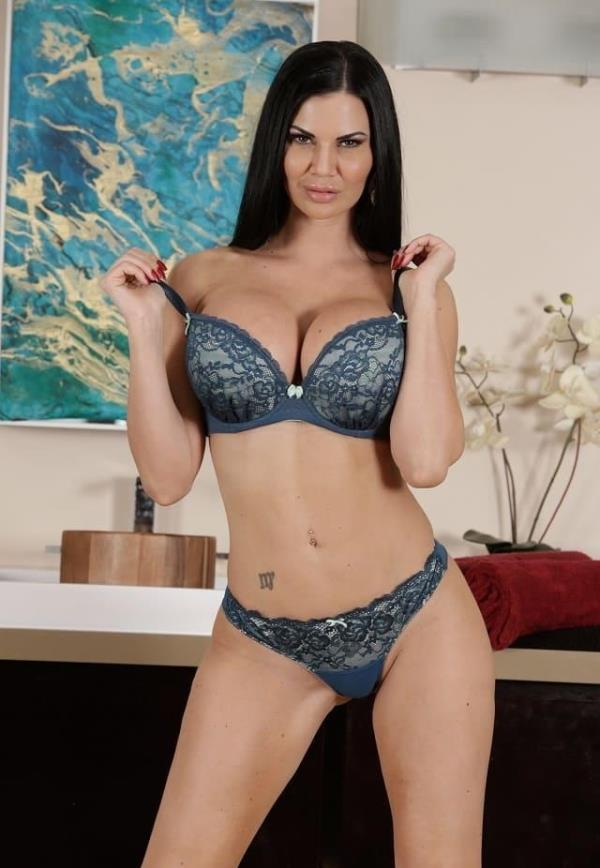 FantasyMassage: Jasmine Jae - Your Girlfriend Likes Me (FullHD) - 2019