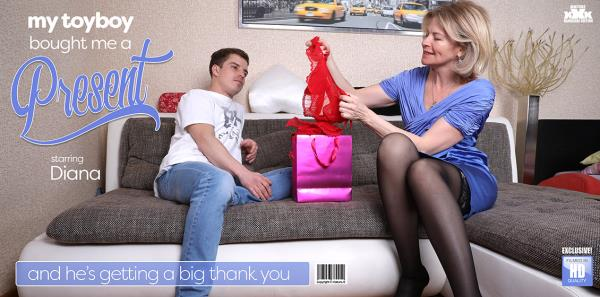 Diana - Classy Mature Lady Gets A Present From Her Toy Boy And Thanks Him With A Good Hard Fuck (2019/FullHD)
