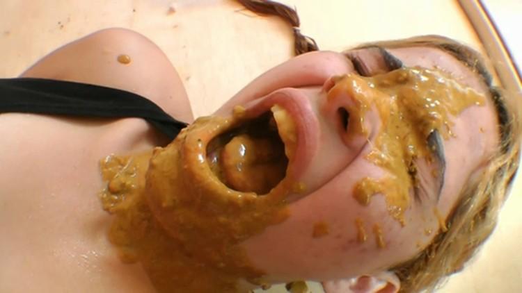 SG-Video - Diarrhea Swallow Domination Top Girl Caroline Zimerman