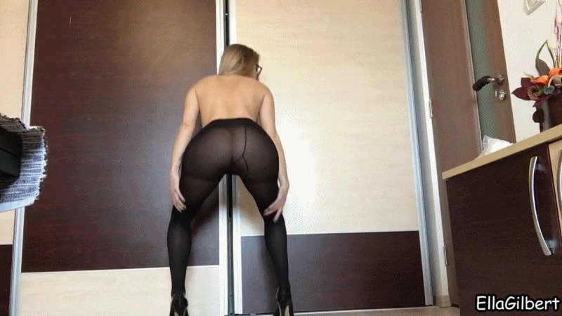 EllaGilbert - Suck my Asshole Clean, Slave