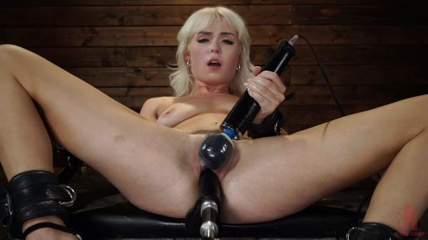 Sexy Cam Girl Lilly Bell is Bound and Machine Fucked - Lilly Bell [Kink] (HD 720p)