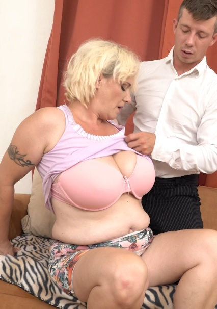 Agness (43) in big breasted temptress doing her toyboy