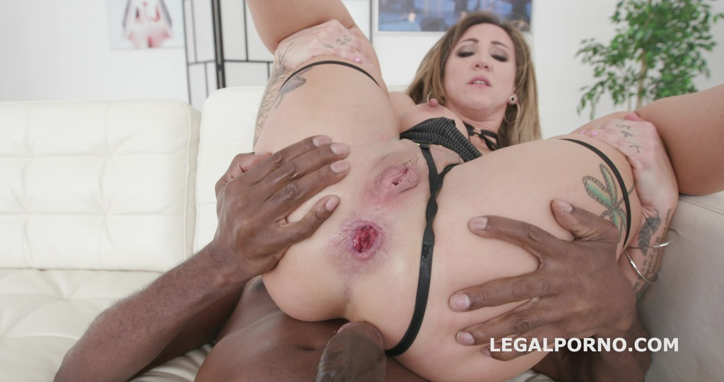 Download LegalPorno - Giorgio Grandi - Blackbuster Betty Foxxx Vs Mike Balls Deep Anal, Gapes, ATM, Squirting, Swallow GIO1011