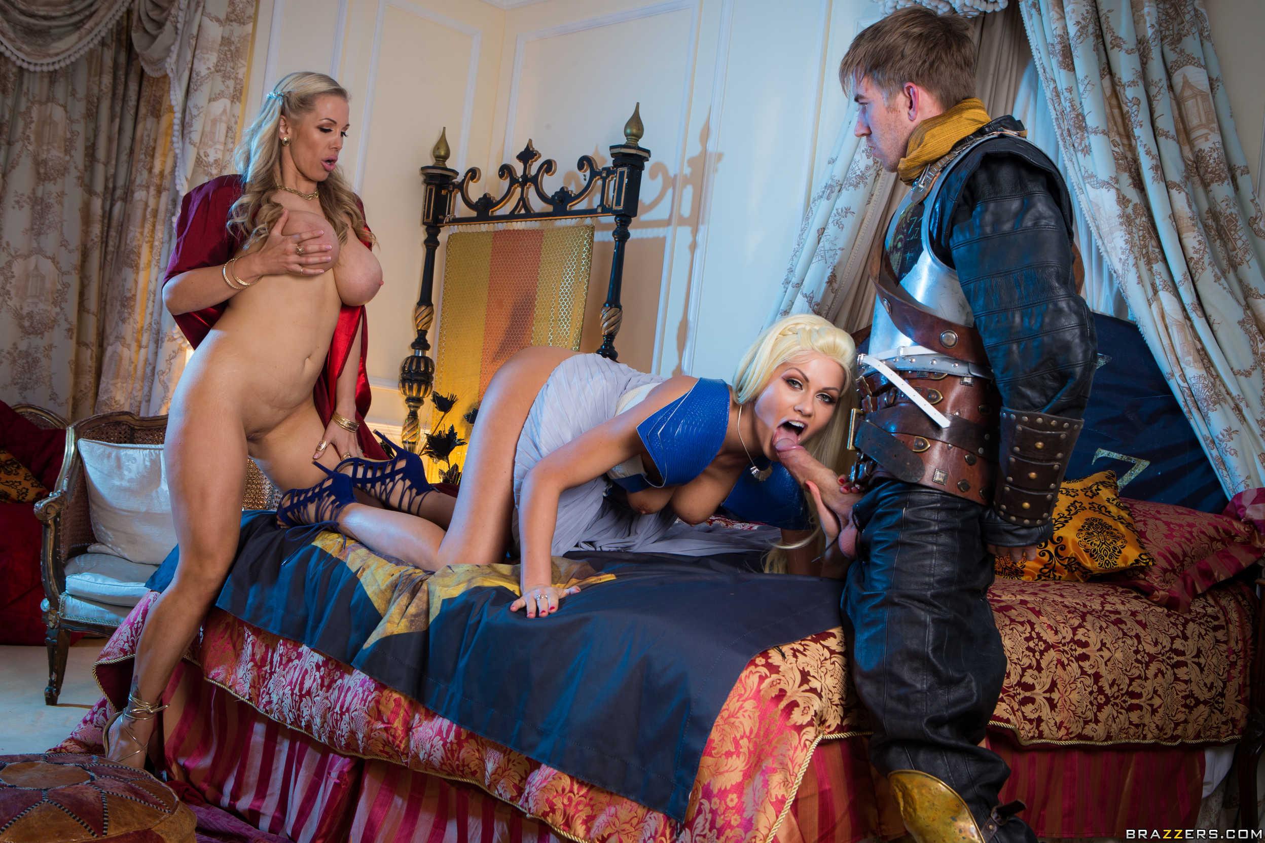 порно королева и придворные нет