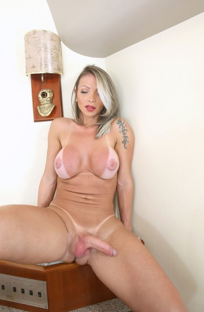 Sexy PornStar Carla Novaes in new solo