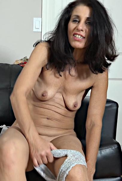 Keli Richards 52 years old Mature Housewives