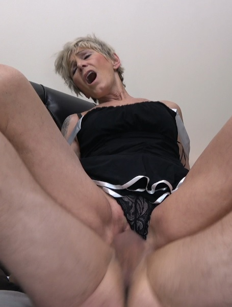 Grandma Fucking Escort Bareback