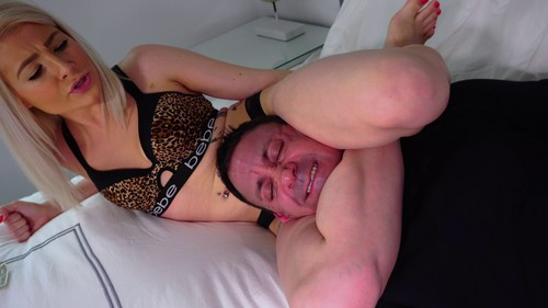 Maia's Bedroom Beating! FM / Wrestling clip #2028