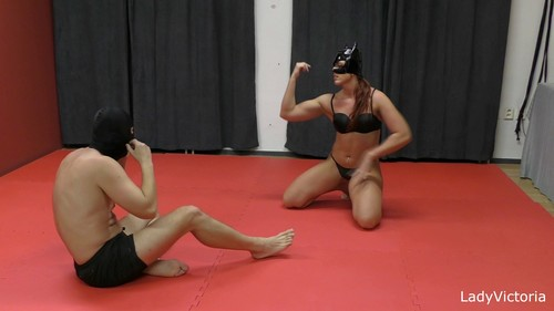 Lady Viktoria as Catwoman wrestled down a punished impudent slave
