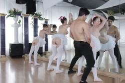 https://ist5-2.filesor.com/pimpandhost.com/4/9/4/2/49422/7/d/m/A/7dmA0/ballerinas2_200_s.jpg