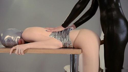 Pretty_Silver_Submissive_Gets_a_Dark_Domina_Strap-on_Pounding00047_m.jpg