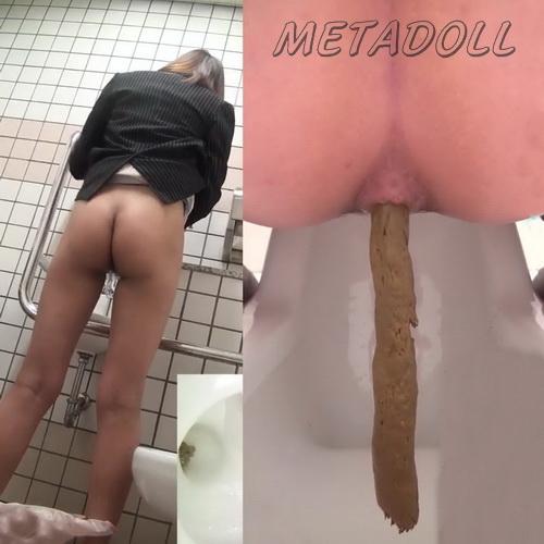 pooping shitting toilet voyeur