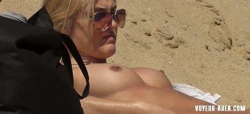 Topless beach Voyeur 101