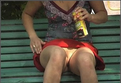 Upskirt No Panties 102