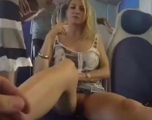 Upskirt No Panties 221
