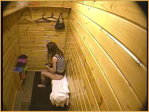 skritaya-kamera-v-zhenskoy-saune-v-kontakte-video-porno-zhen-na-rabote