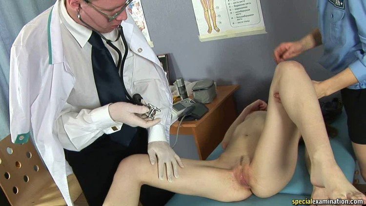Foot fetish session with a doctor porn photo online