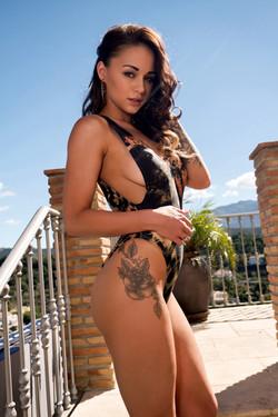 Mica Martinez -  Irresistible