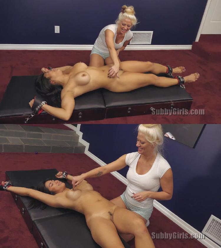 Tickling nude pics