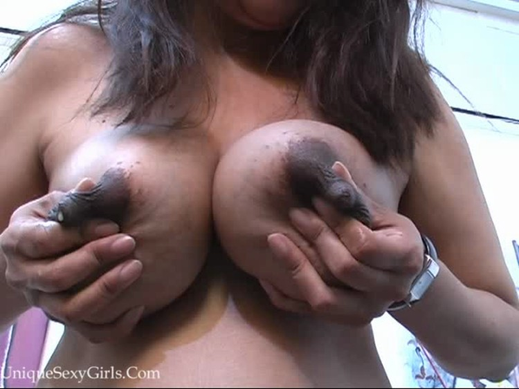 Indian women lactating — 6
