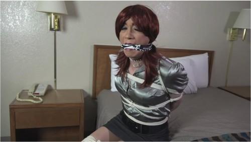 https://ist5-2.filesor.com/pimpandhost.com/9/6/8/3/96838/7/0/I/h/70Ih8/TransvestitesBDSMVZ-g012_cover_m.jpg
